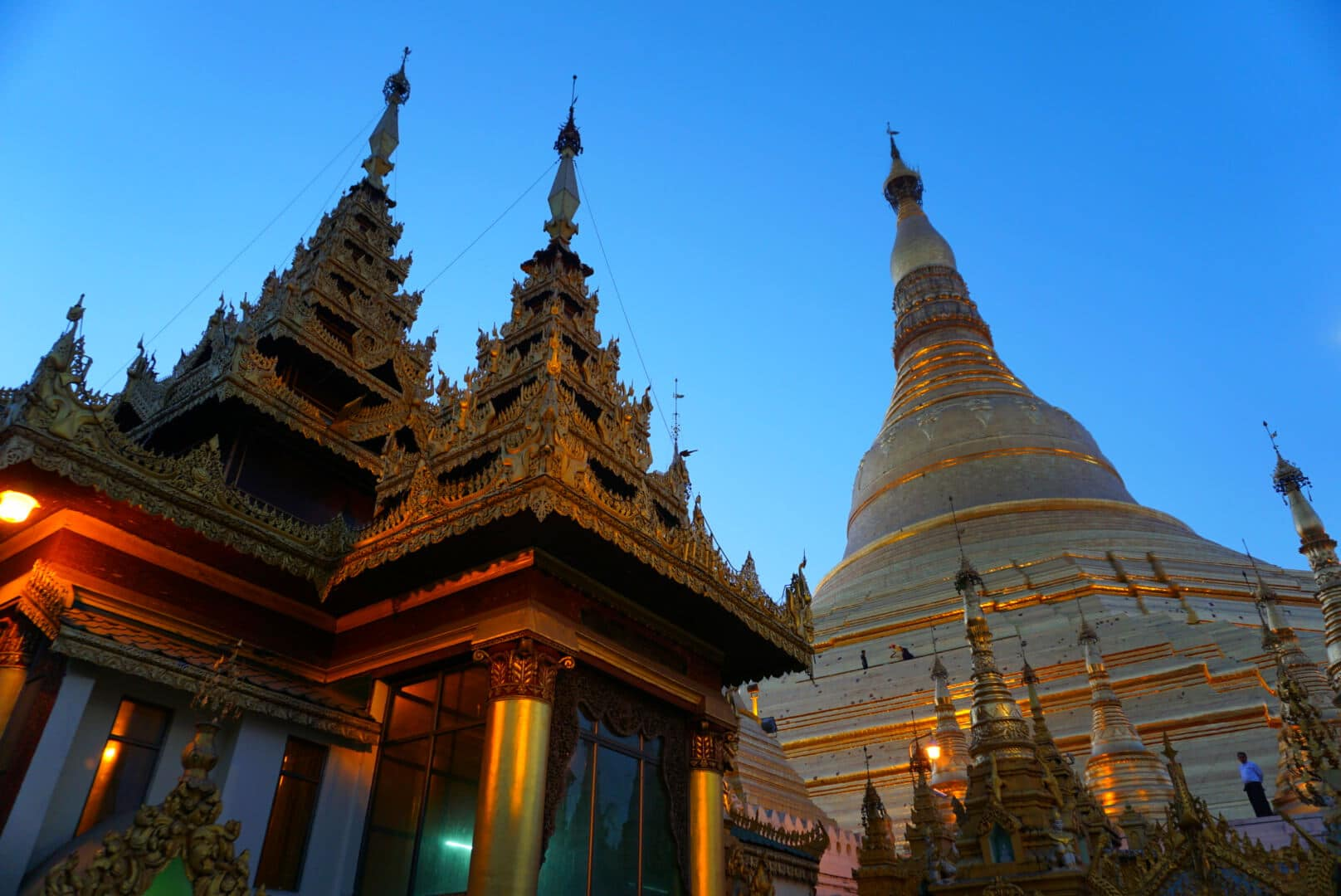 Myanmar photos The surreal Shwedagon Pagoda