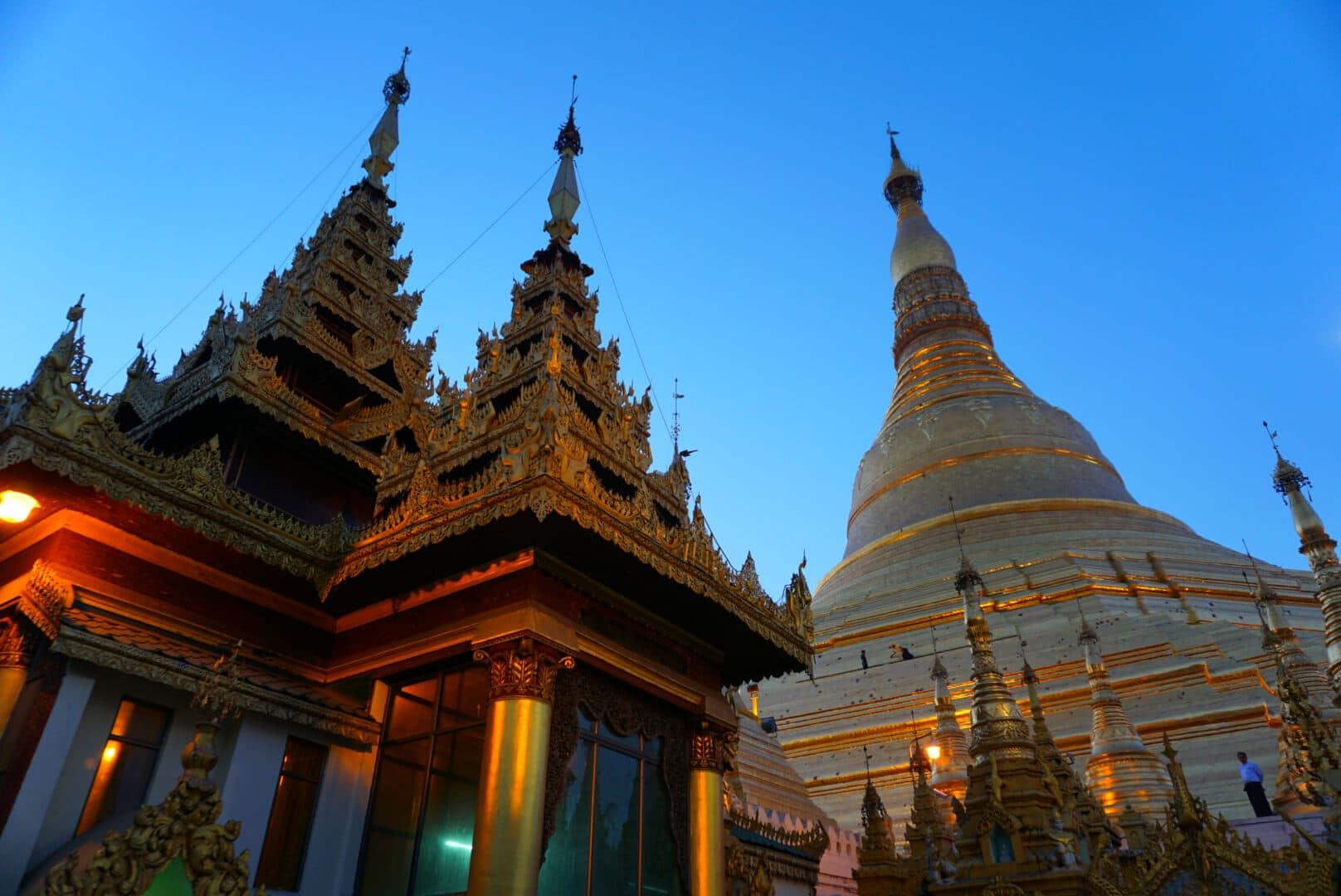 Myanmar photos The surreal Shwedagon Pagoda