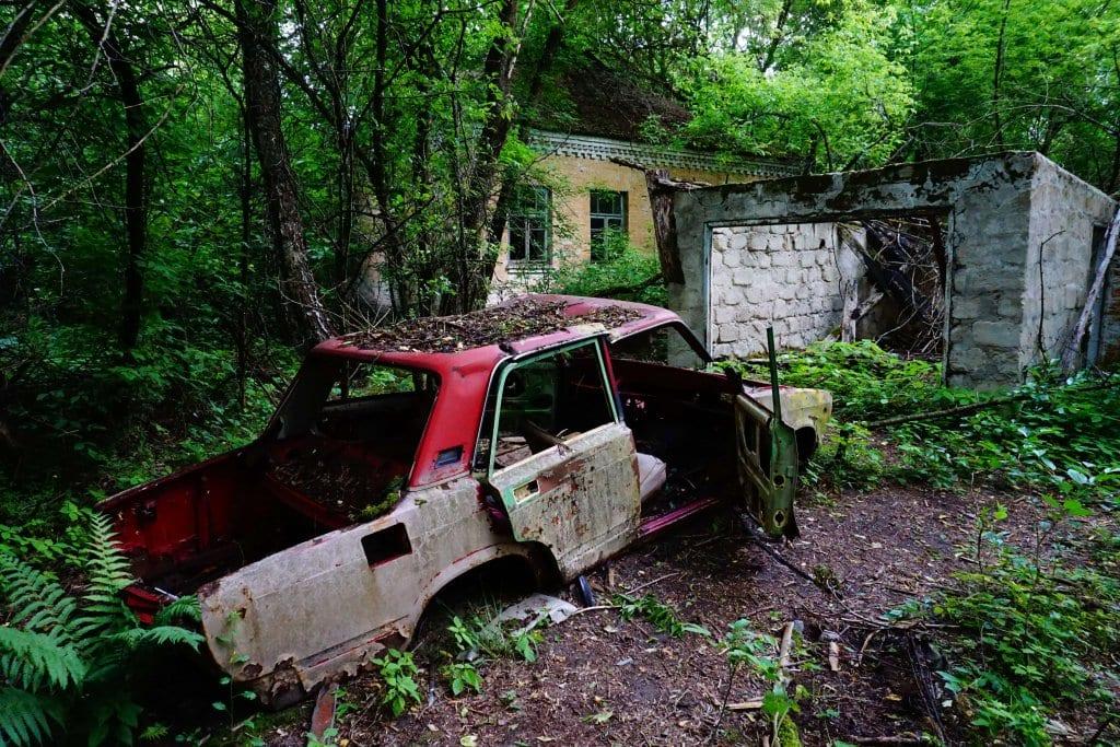 Chernobyl and Pripyat tours : house in Pripyat