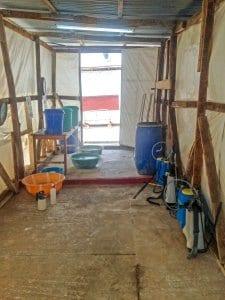 Fight Ebola - doffing station