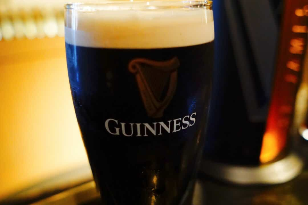 Tips for Traveling to Ireland: a Pint of Guinness