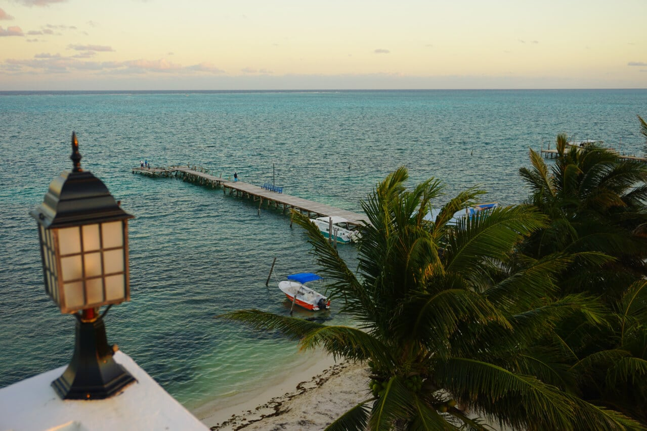 A view of the ocean from Caye Caulker, Belize