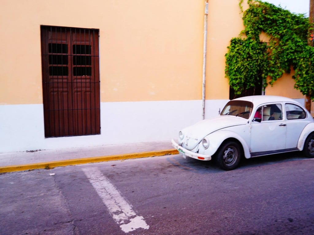 Mexico Travel Tips: A car in Merida, Mexico