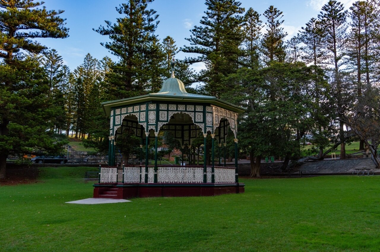 King Edward Park in Newcastle, Australia is home to a beautiful rotunda, and one of the top things to do in Newcastle Australia