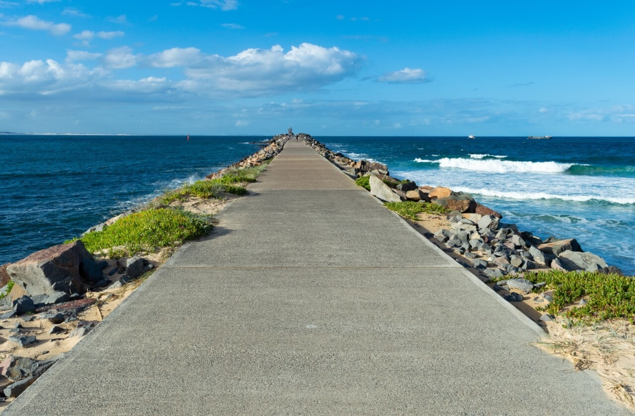 One of the best things to do in Newcastle is walk along the breakwall