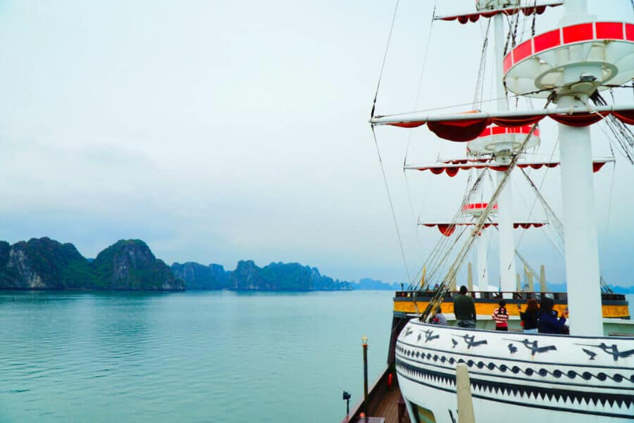 The best Bai Tu Long Bay cruise