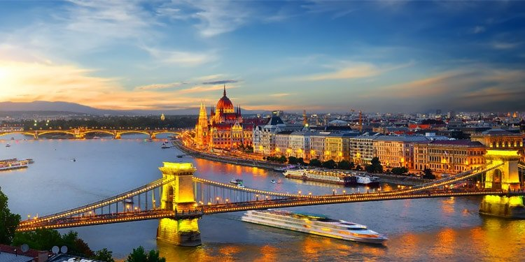 33 Best Things to Do in Budapest