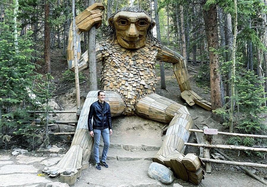 View of Travel Lemming's founder beside Breckinridge troll