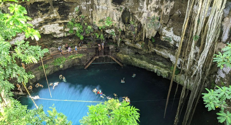 View of people having a great time in Cenote San Lorenzo Oxman