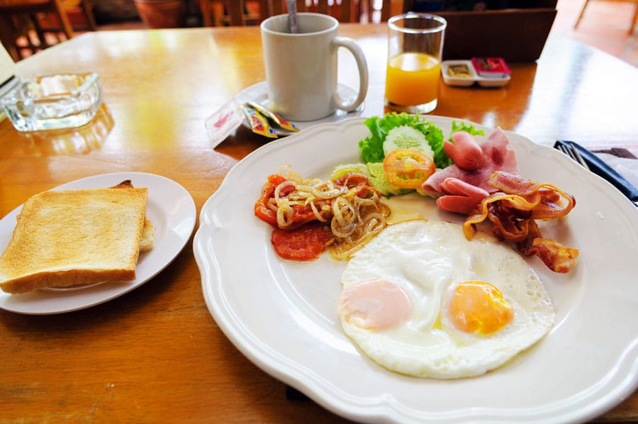 View of foods to eat for breakfast