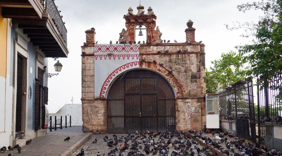 View of the Chapel of Christ the Savior and pigeons on front of it