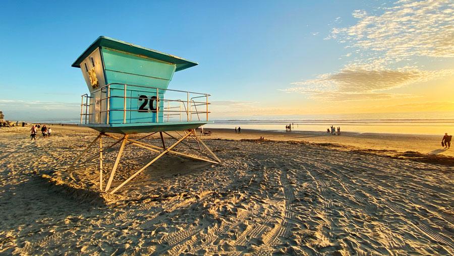 View of lifeguard tower in Coronado Beach