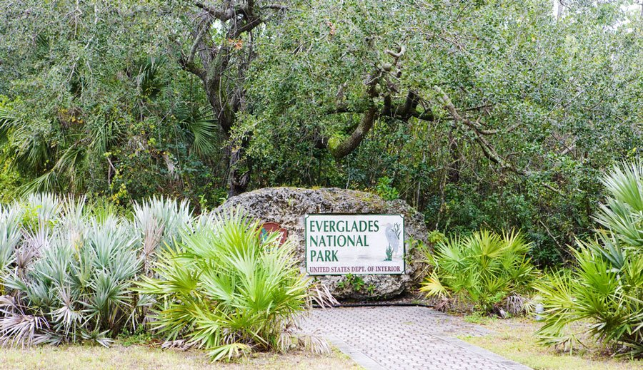 View of the entrance sign to Everglades National Park