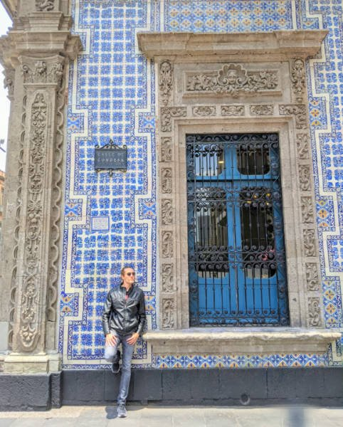 The author standing in front of Mexico City's House of Tiles