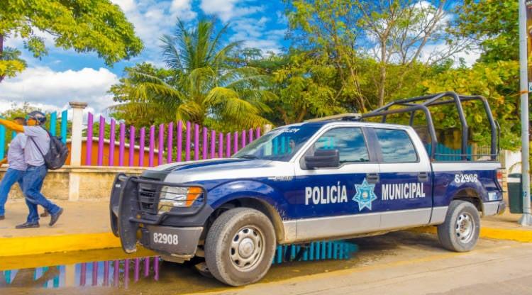 A police truck in Playa del Carmen