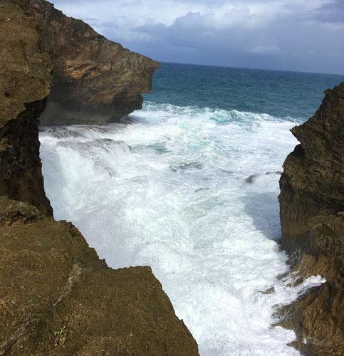 View of crashing waves in the rocks in La Zanja