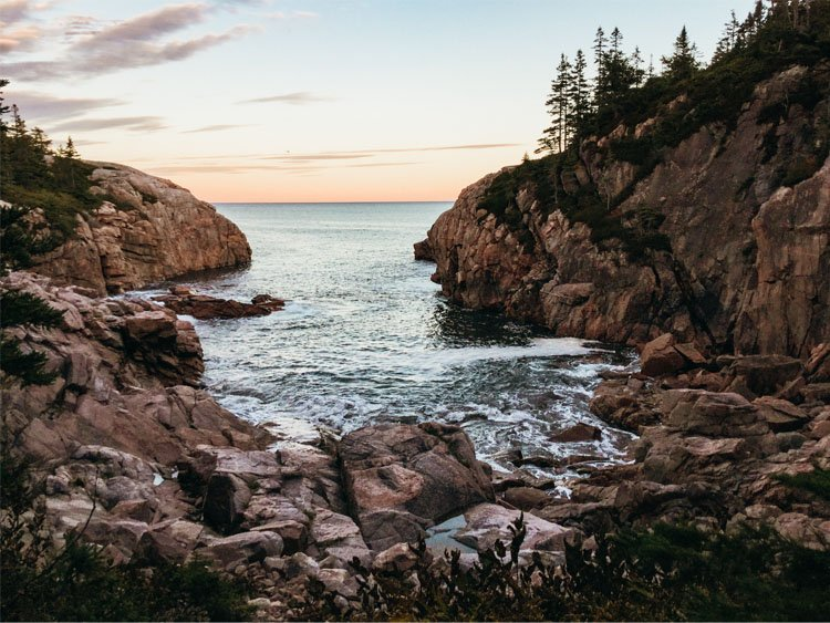 North Side Scenery Cliffs - Cabot Trail