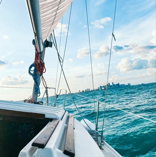 View of the blue-green ocean from the sailboat