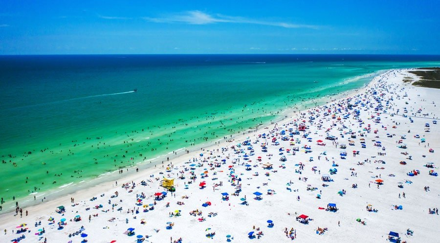 Aerial view of the Siesta Key Beach and the tourists in it