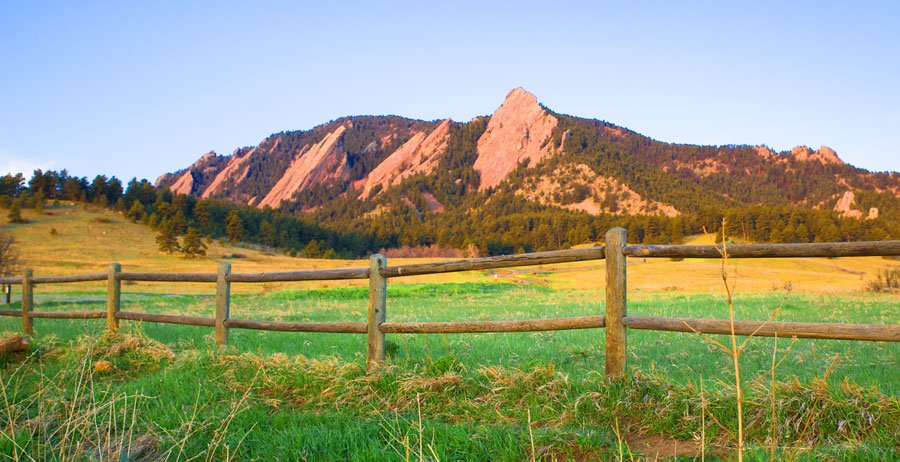 View of the mountain landscape in Boulder Colorado
