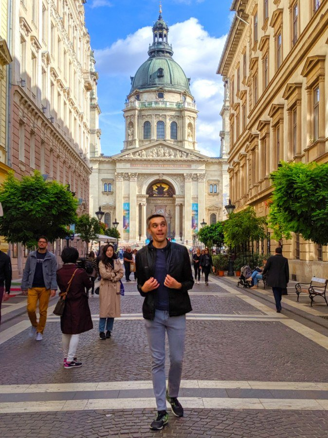 Things to do in Budapest - St Stephens Basilica