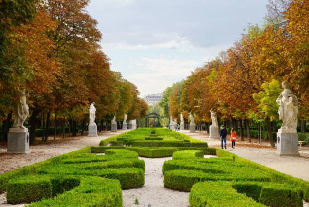 Photo of a park in Madrid Spain