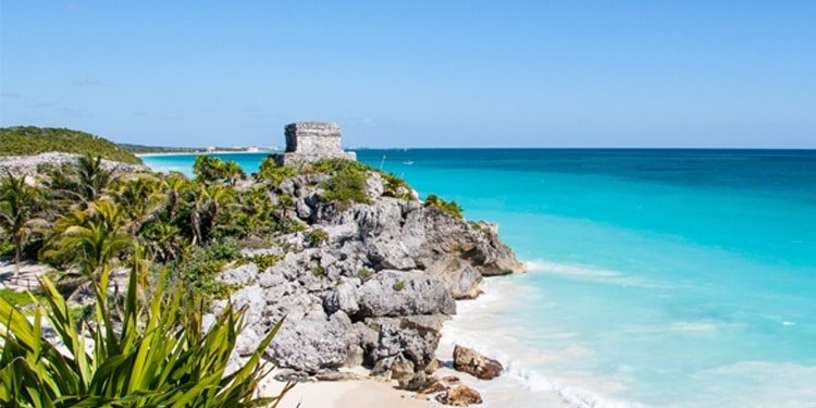 Ultimate Guide to the Ruins in Tulum Mexico