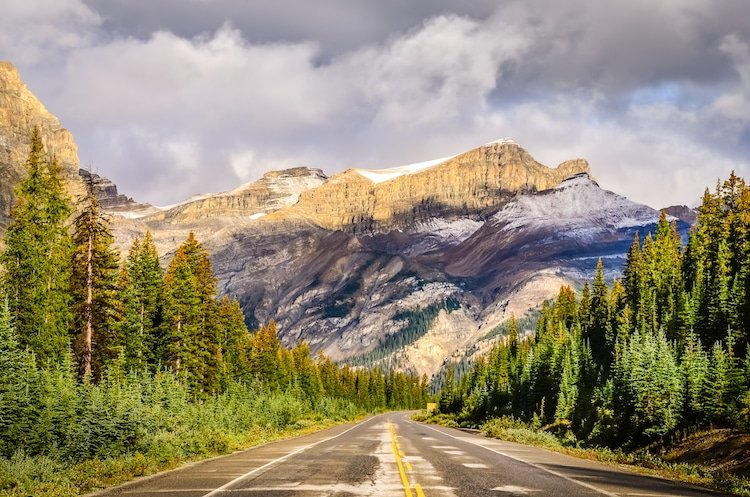 Scenic view of the road on Icefields parkway, Canadian Rockies, Jasper and Banff NP