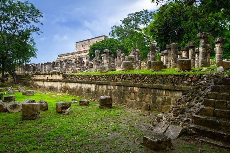 The Temple of Thousand Warriors - Best Chichen Itza Tours