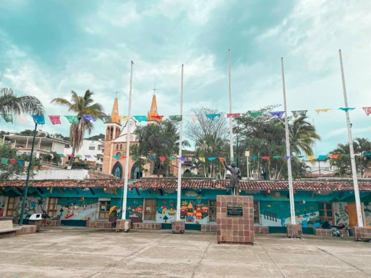 Plaza de Armas Puerto Vallarta
